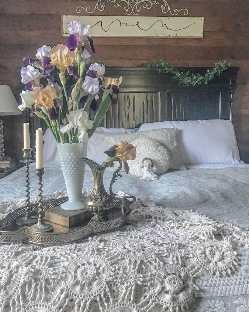 decor vintage bedroom ideas amy.in.bloom