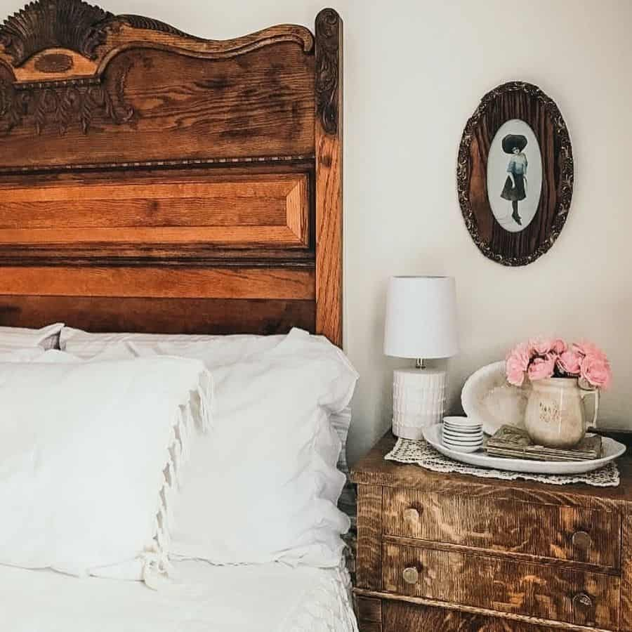 decor vintage bedroom ideas lydias_antiques_