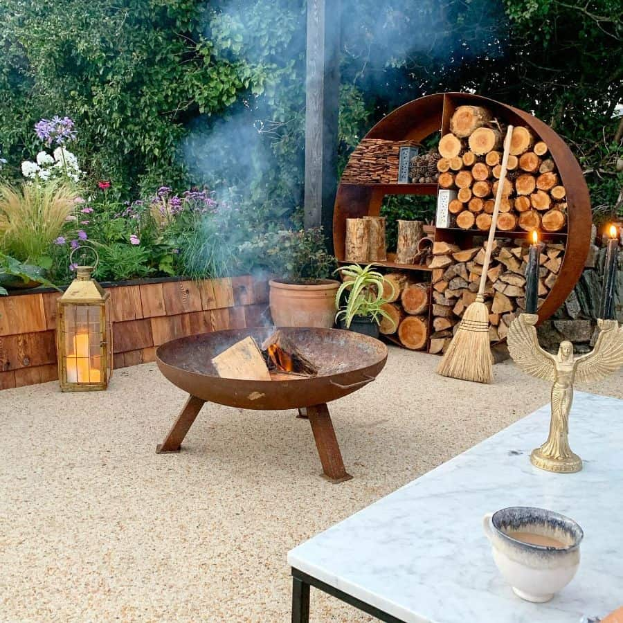 decor with a purpose garden decor ideas stovesincoves