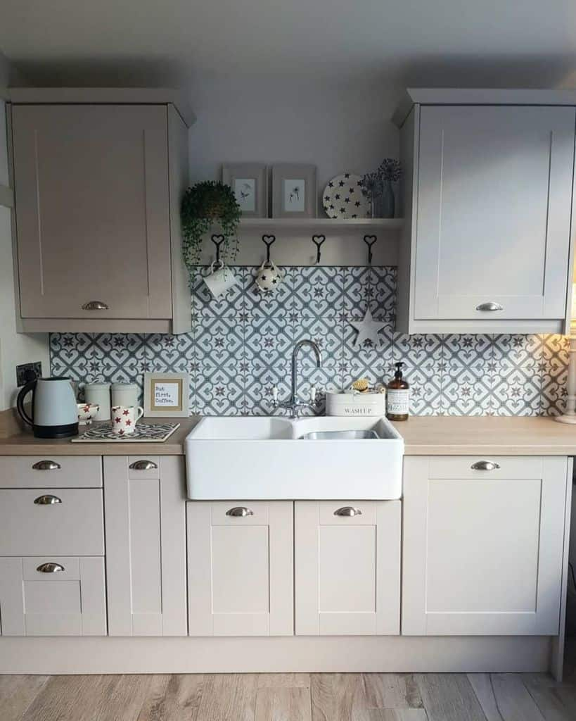 decorative kitchen tile backsplash ideas julia_homedogslife