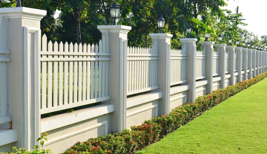 Decorative Wood Fence Ideas (4)