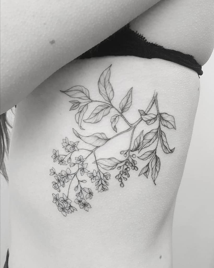 delicate-female-tattoo-madlen.tattoo