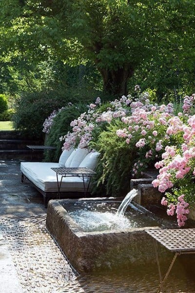 Design Ideas For Backyard Fountains And Waterfalls
