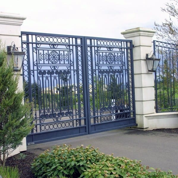 Detailed Iron Driveway Gate Ideas