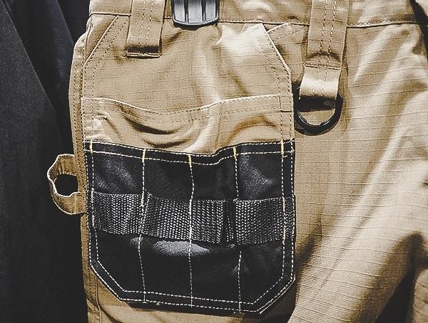 Dewalt Pants With Removeable Exterior Pocketq