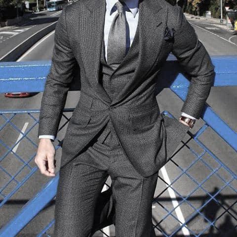 Distinctive Mens Grey Suit Styles With Grey Tie