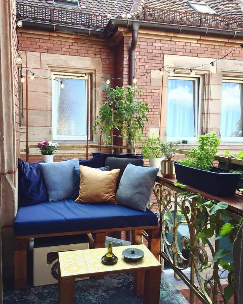 diy apartment patio ideas limueenterior