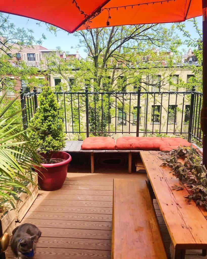 diy apartment patio ideas tiny_plant_haven