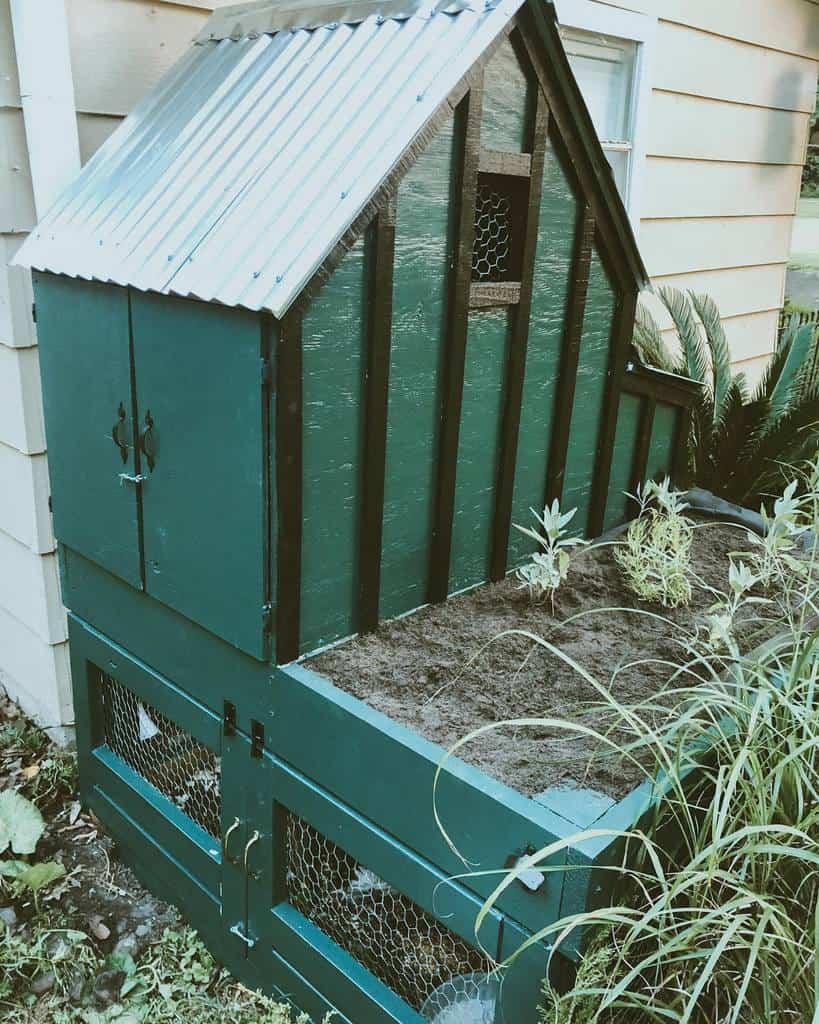 diy chicken coop ideas littlecheoplebigworld