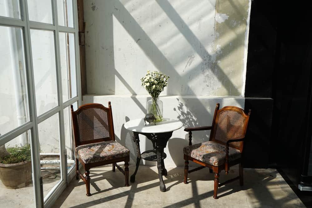 diy enclosed patio ideas 3