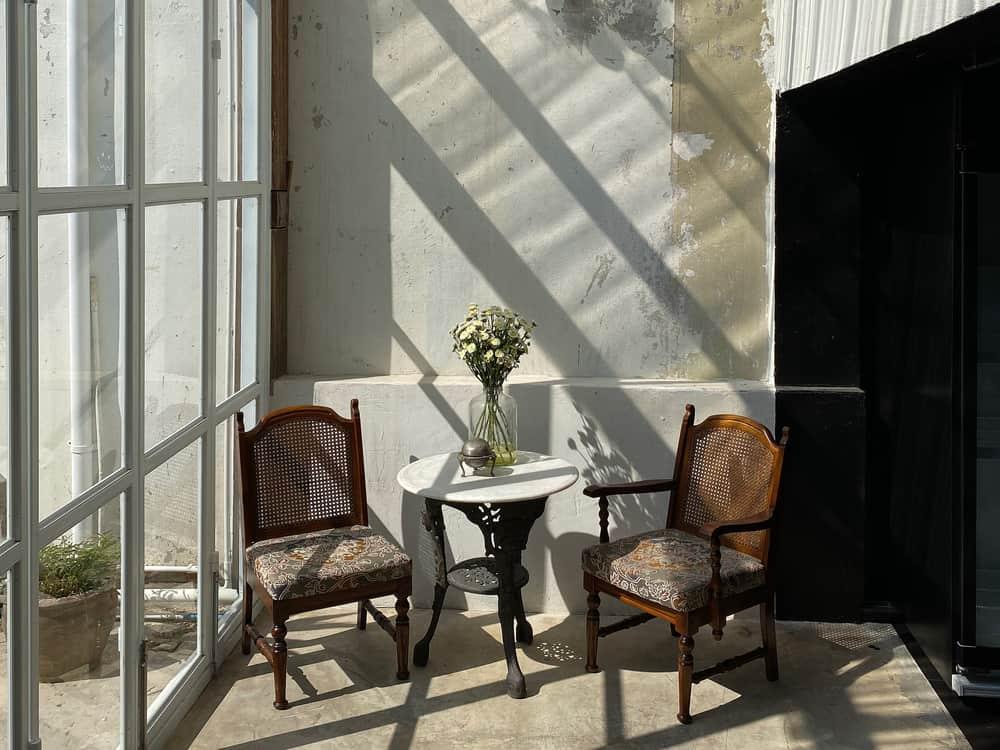 diy enclosed patio ideas 4