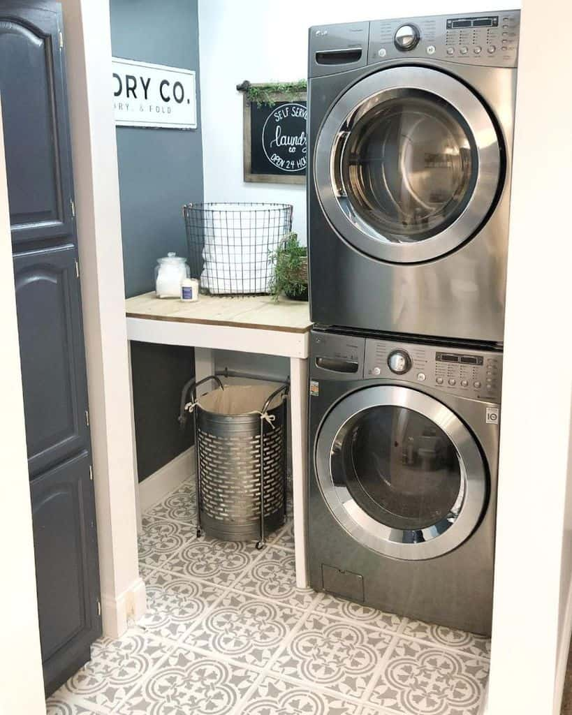 The Top 62 Laundry Room Decor Ideas Interior Home And Design
