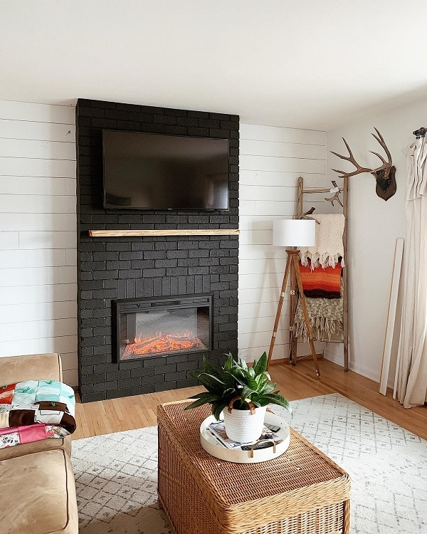 Diy Shiplap Black Brick Fireplace Surround Homesweetshan