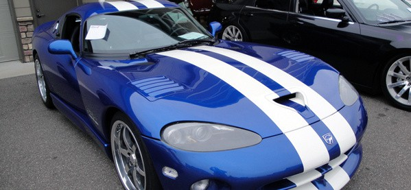 Dodge Viper Blue