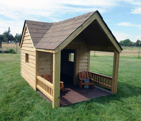 Dog House Designs With Porch And Shingle Roof