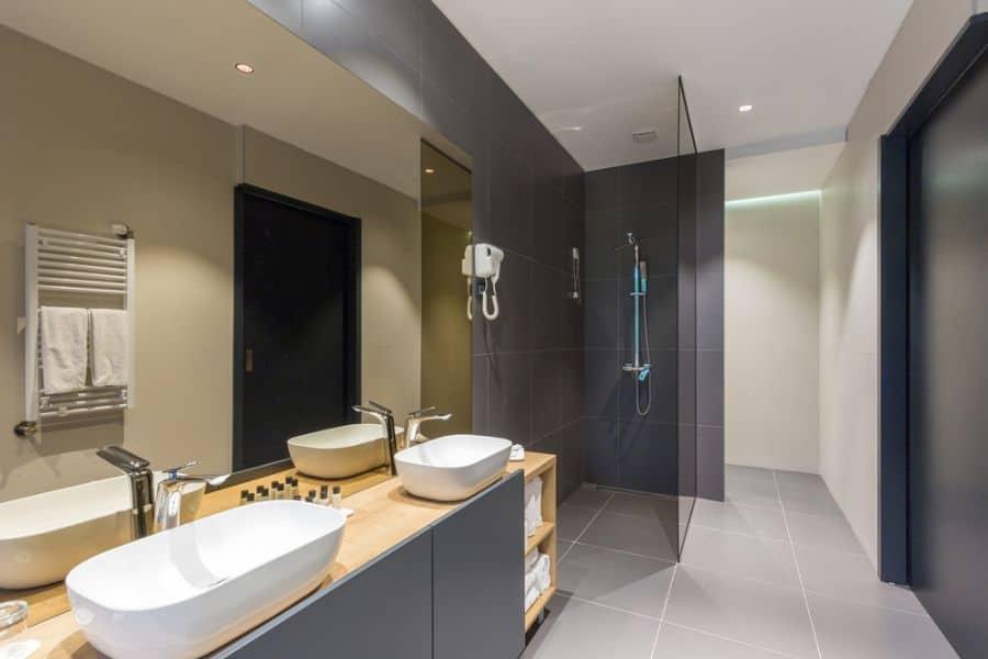 Doorless Small Shower Ideas 1
