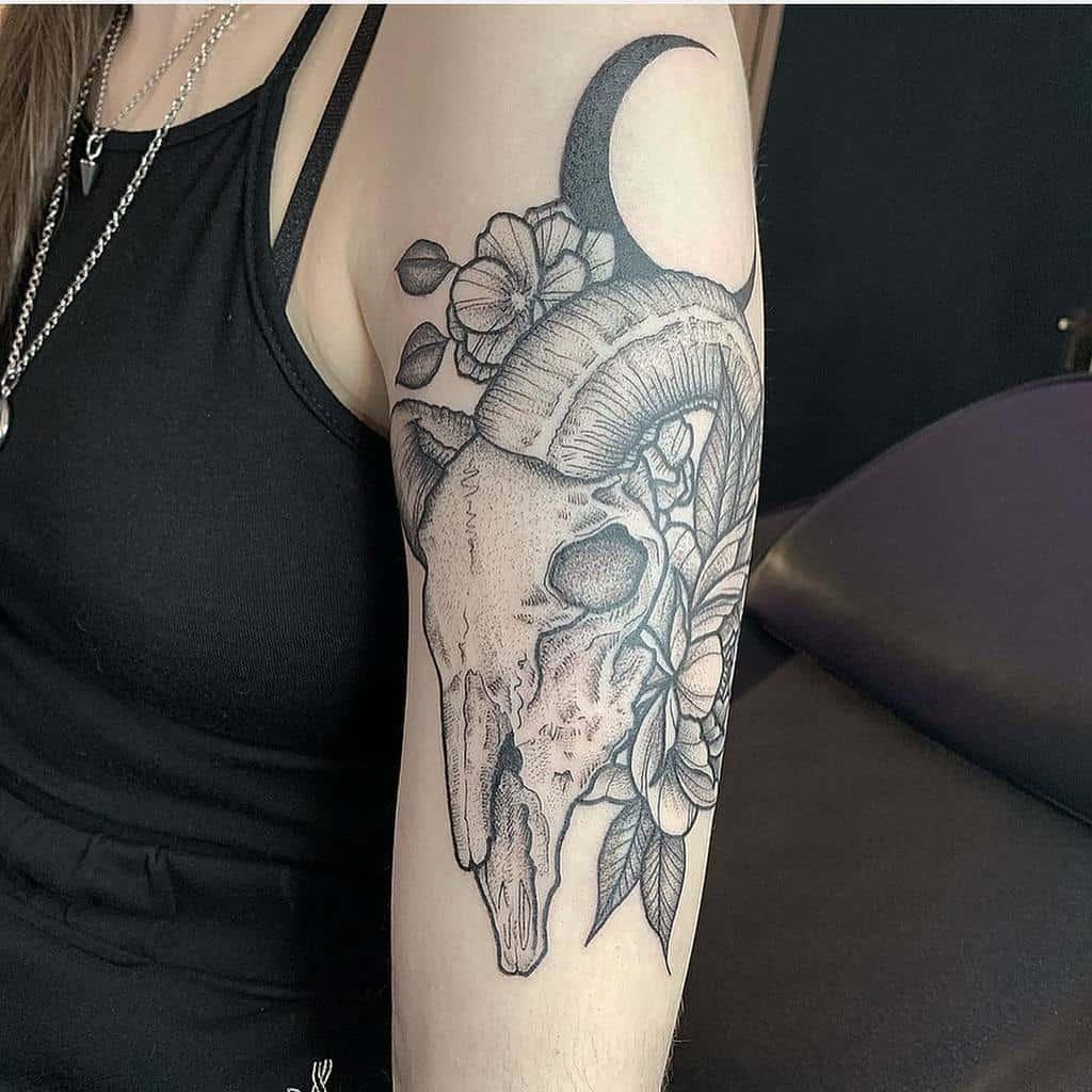 dotwork ram skull tattoo keeskeestattoos