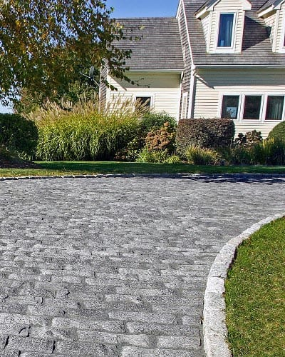 Driveway Edging Traditional Stones