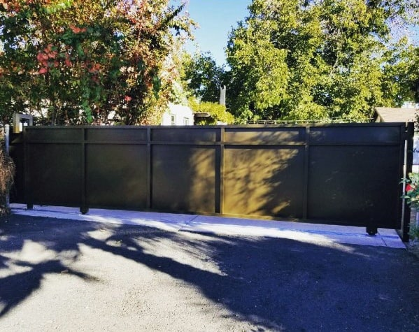 Driveway Gate Ideas For Contemporary Homes
