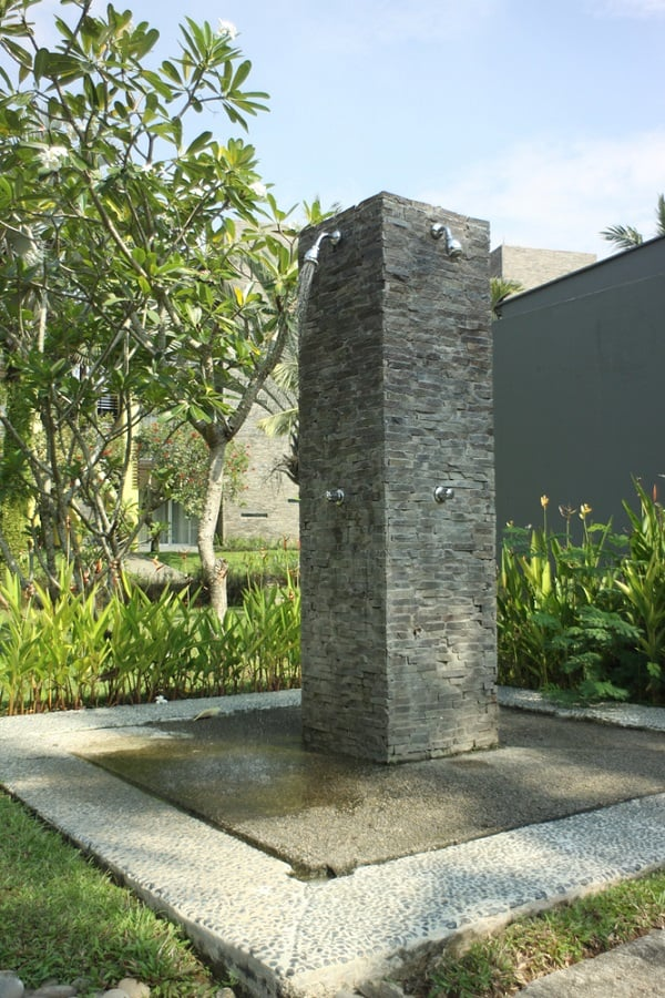 Contemporary Outdoor Shower Ideas