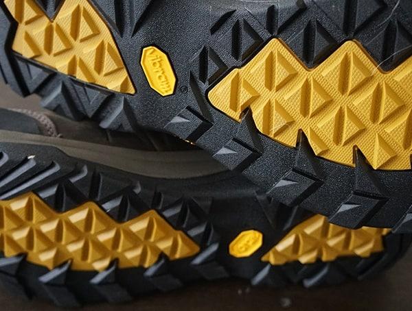 Durable Rubber Vibram Outsole Teva Arrowood Riva Shoes For Men