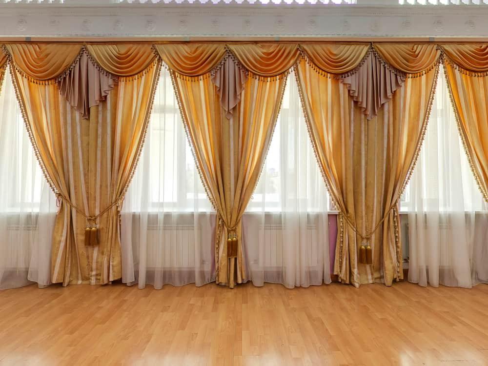 Elegant Curtain Window Treatments Ideas 2