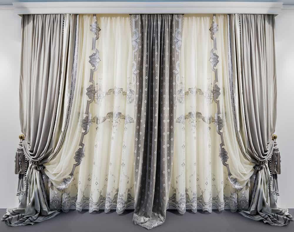 Elegant Curtain Window Treatments Ideas 3