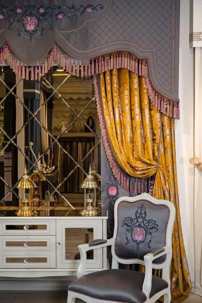 Elegant Curtain Window Treatments Ideas 4