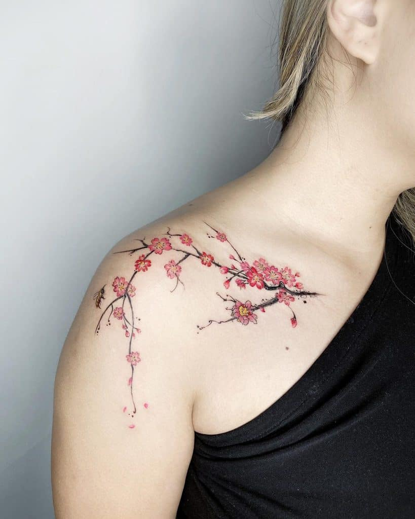 elegant-flower-shoulder-tattoo-jiang_tattooer-1229×1536