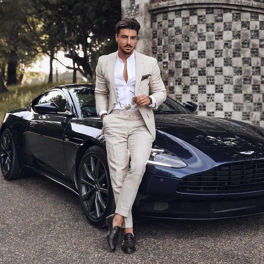 Elegant Grayish Suit Outfit