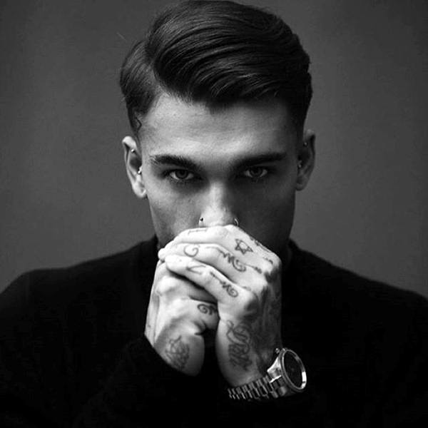 Elegant Mens Old School Hairstyle