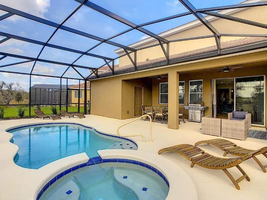 Enclosed Pool Lanai Room Ideas Angelaherreradesign