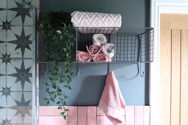 Ensuite Bathroom Towel Storage Shelf Simoneoaks