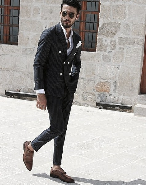 Exceptional Guys Styles With Navy Blue Suit And Brown Dress Shoes