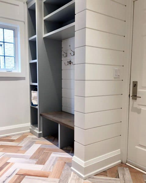 Exceptional Mudroom Shiplap Wall Ideas