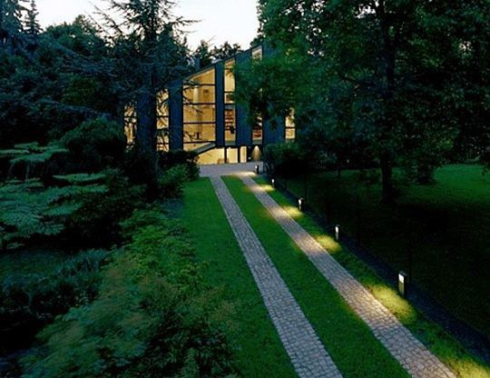 Exterior Designs Driveway Lighting
