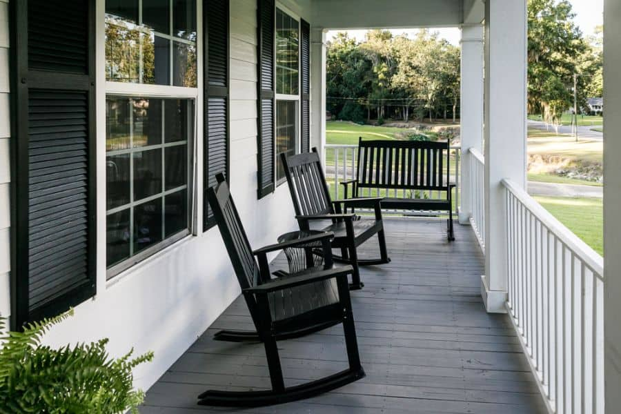 Farmhouse Style Porch Ideas 2
