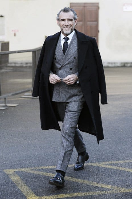 Fashioanble Guys Charcoal Grey Suit Black Shoes Fall Style Ideas