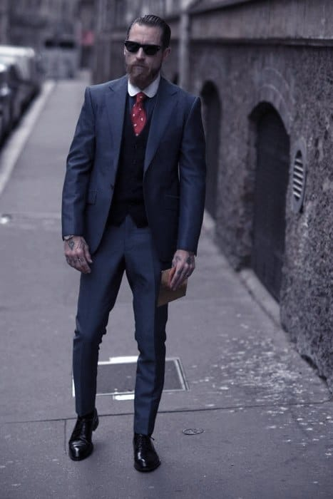 Fashioanble Guys Navy Blue Suit Black Shoes Style Ideas With Red Tie