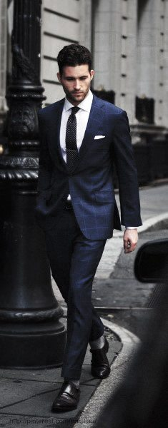 Fashioanble Guys Navy Blue Suit Style Ideas
