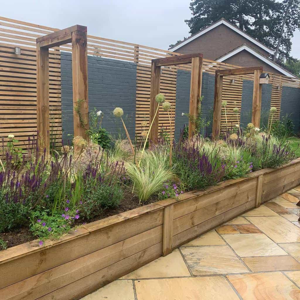 fence garden trellis ideas joinusoutside