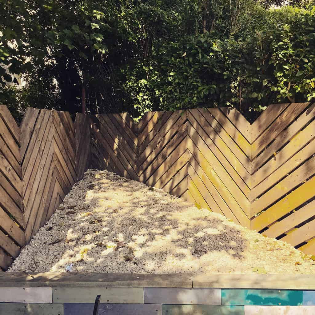 fence pallet ideas jump_for_joy_insta