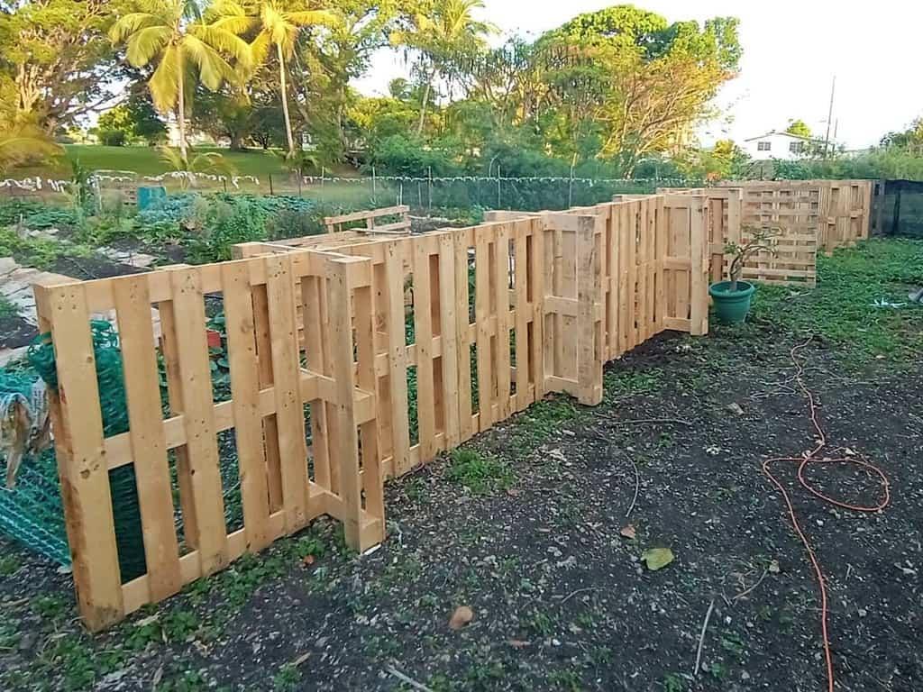 fence pallet ideas tinkerbellefarm