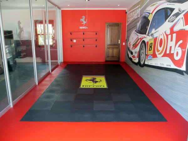 Ferrari Themed Small Garage Paint Color Designs