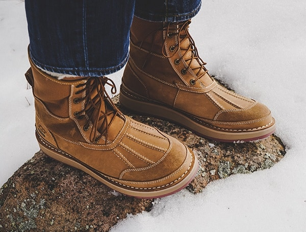Field Test In Snow Ugg Avalanche Butte Mens Boots
