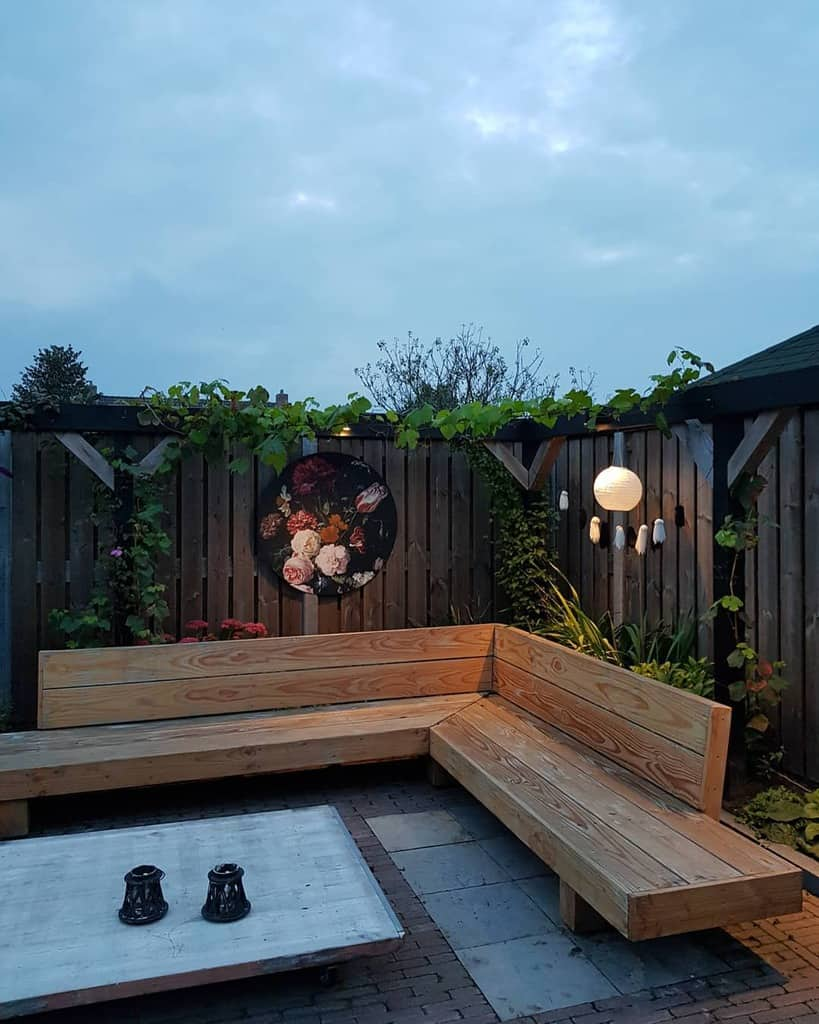 firepit small backyard patio ideas bijheleen