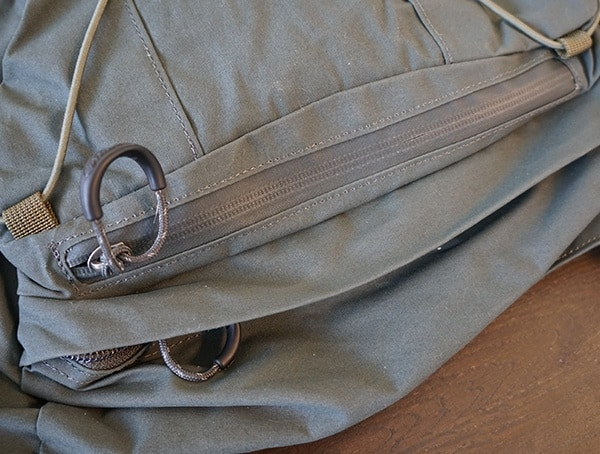 Fjallraven Kajka Backpack Zipper Closed Top Lid Pockets
