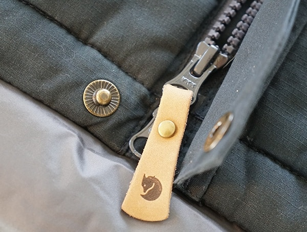 Fjallraven Skogso Padded Jacket Leather Pull Tab Detail