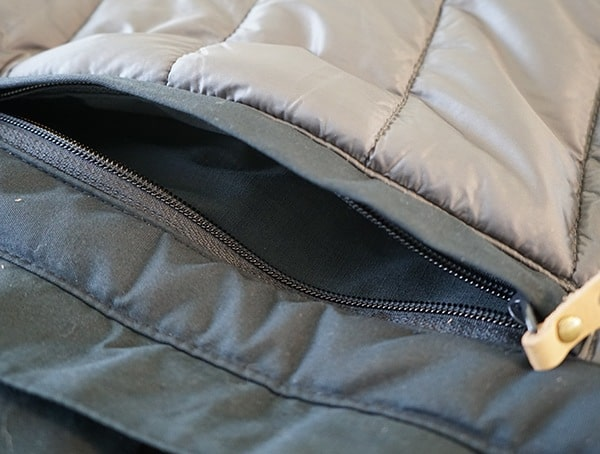 Fjallraven Skogso Padded Jacket Zipper Pocket Open