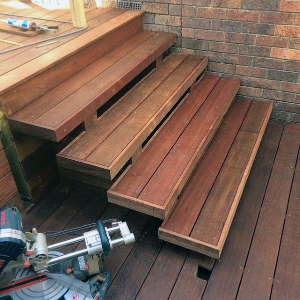 Floating Backyard Deck Steps Design